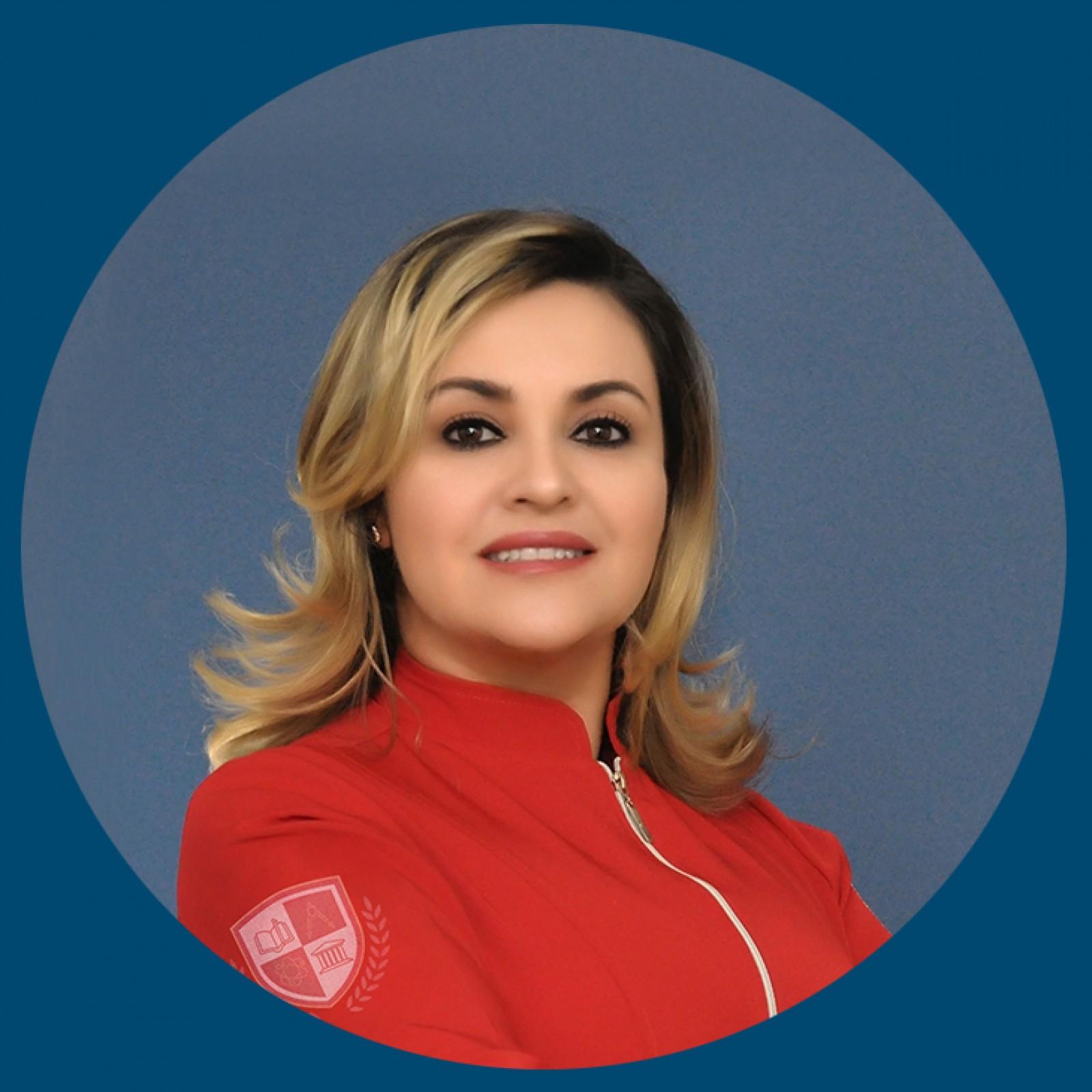 Dra. Ana Carolina Puga