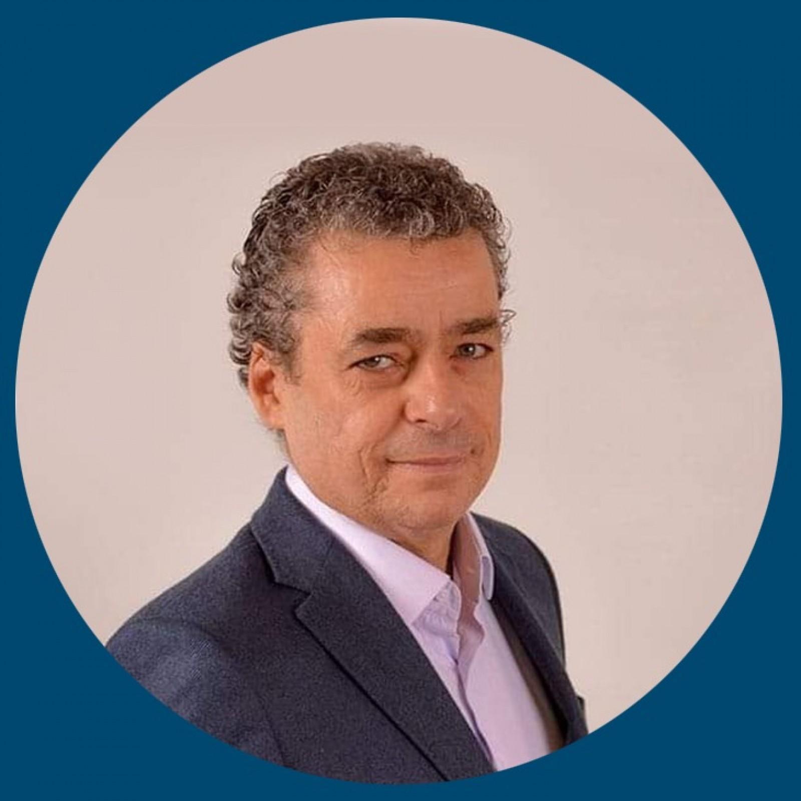 Dr. Augusto Cezar Moreira Tralli